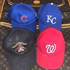 🤩😎 4 MLB Team Velcro Hats 🧢